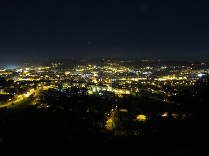 Panorámica nocturna de la Ciudad de Ourense