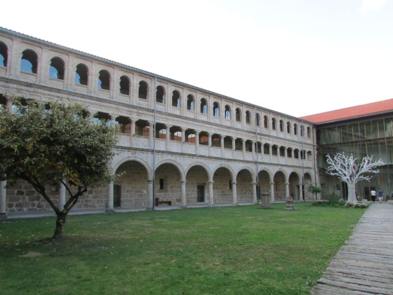 Monasterio de Santo Estevo - Claustro de los Caballeros