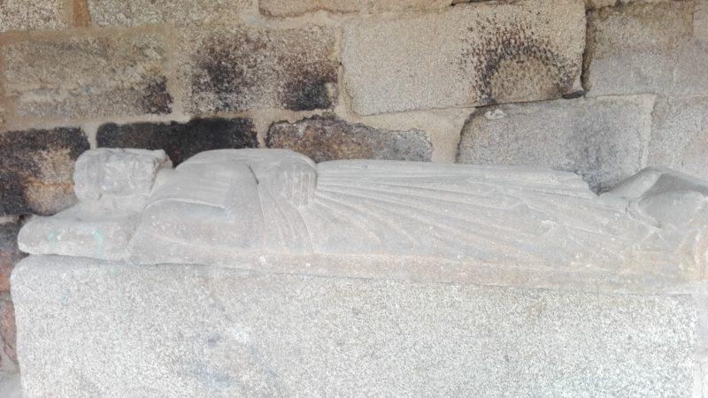 Xunqueira de Ambía -tumba