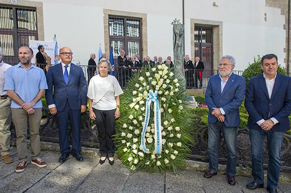 Ofrenda floral en Ourense