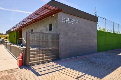Abre la piscina del Parque Tecnológico