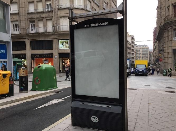 Ourense despeja la calle de publicidad