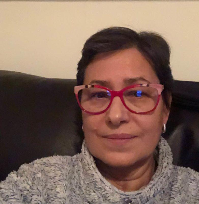 Elvira Lama se aísla por precaución