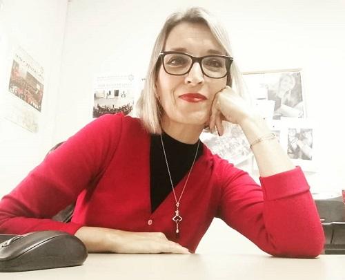 Montse Estévez, la voz de Ourense