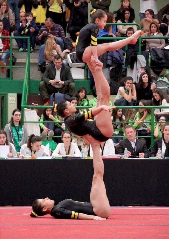 El esfuerzo invisible de una gimnasta