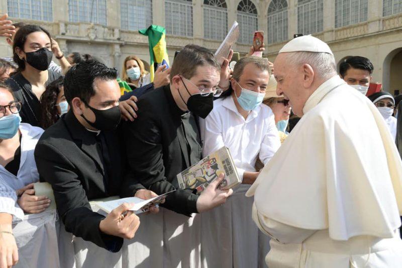 El Papa Francisco más cerca de Os Gozos