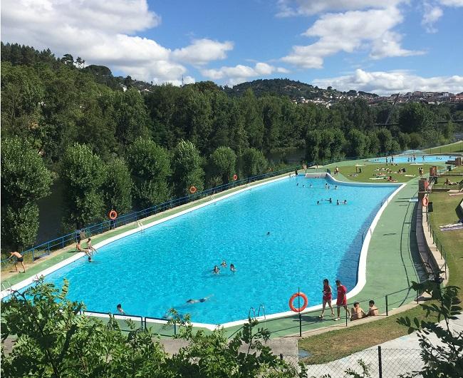 Información de las piscinas de Oira